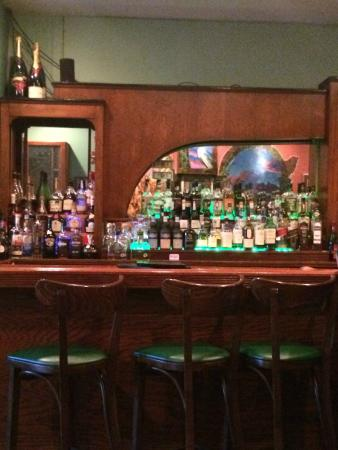 Augie's Front Burner : Bar at Augie's