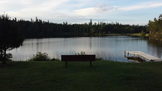 English River, Canada: Peaceful seating by the lake - when there is no road noise!