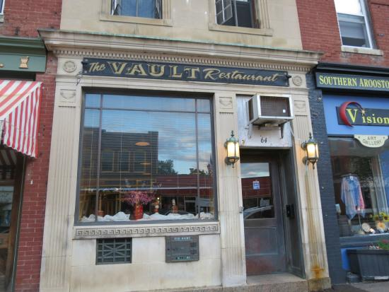 Houlton, Maine: The Vault Restaurant