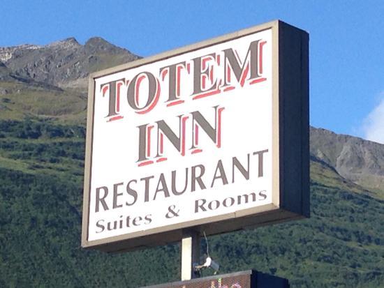 Totem Inn Restaurant: photo0.jpg