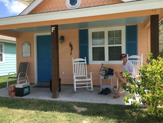 Candlelight Cottages by the Beach: Just relaxing