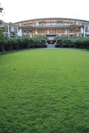飯店大草地