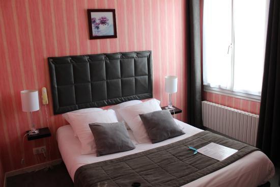 Hotel de l'Europe: Le lit