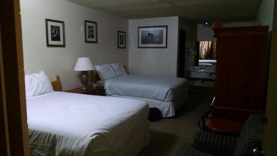 Northwoods Motel: Clean, newly renovated rooms