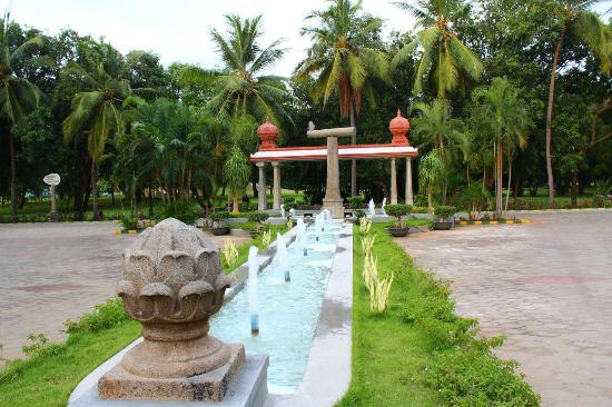 Pictures of VGP Golden Beach Resort - Chennai (Madras) Photos