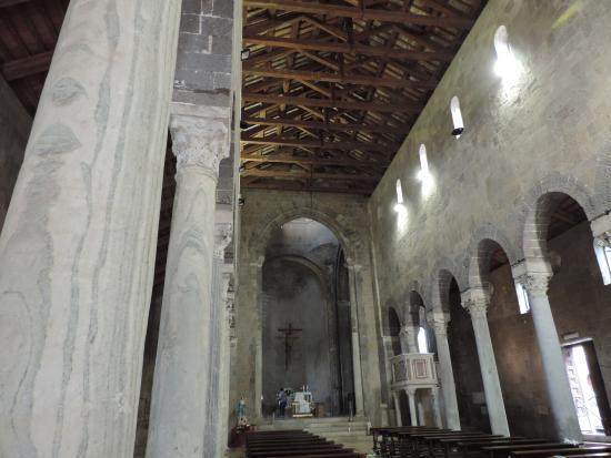 A Corte: Interno del Duomo