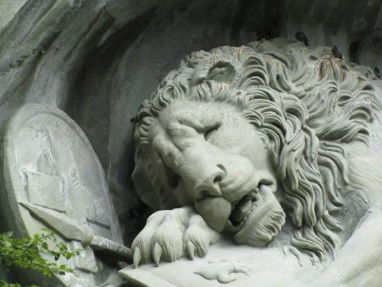 อนุสาวรีย์สิงห์โตลูเซิร์น