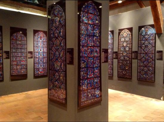 Centre International Du Vitrail: Every stained glass panel is illustrated in one room