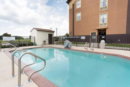 Pear Tree Inn Lafayette: Outdoor Pool