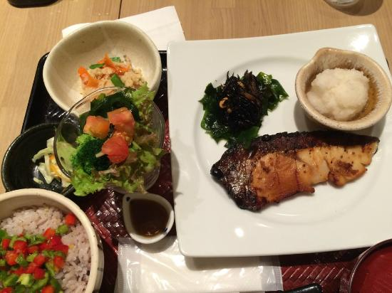 Otoyag Sapporoesta: 和食がおいしい