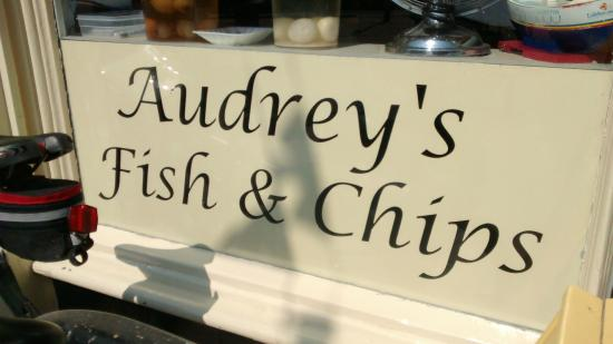 Audrey's Fish & Chips: Perfect lunch at Bridlington