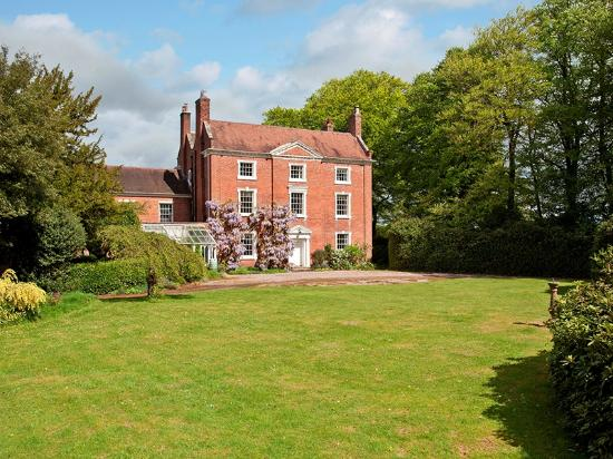 Ismere Barns & Cottages