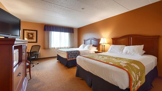 Best Western Resort Hotel & Conference Center: Double Queen Room