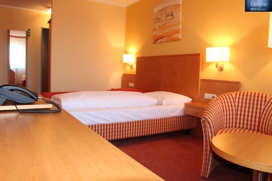 Hotel Garni Karlsfeld
