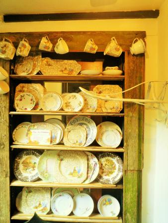 Emilys: eclectic mix of china, its everywhere!