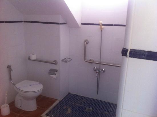 Secondo bagno camera creato nel sottoscala foto di - Bagno sottoscala ...