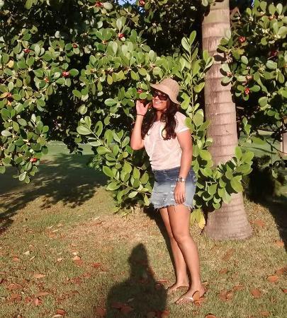 Goiania, GO : Na área da entrada, tem um lindo jardim