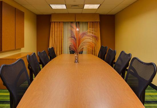 Fairfield Inn & Suites Hazleton : Meeting Room