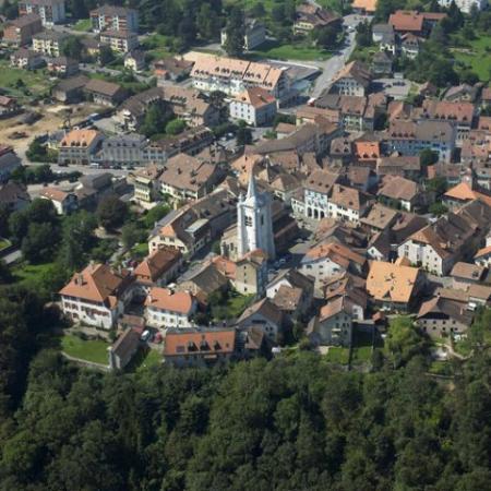 Cossonay, Suiza: vue aérienne