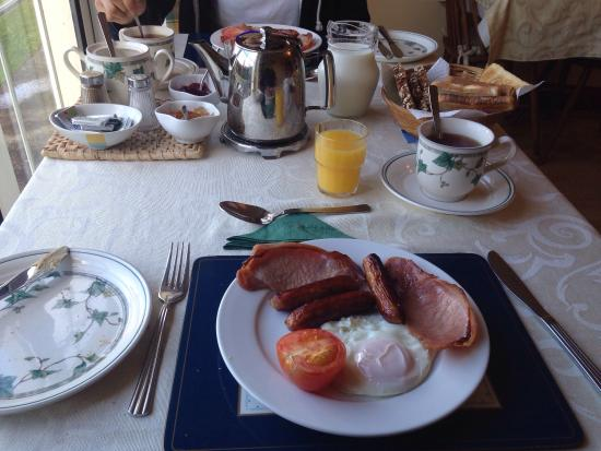 Larkfield House : Full Irish breakfast