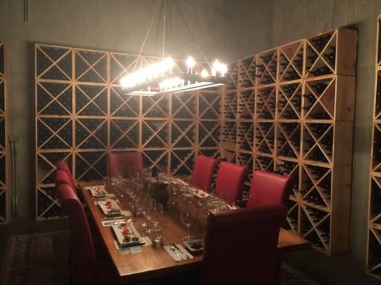Pepper Bridge Winery: The food pairing room. Join the club and make a point to do this!