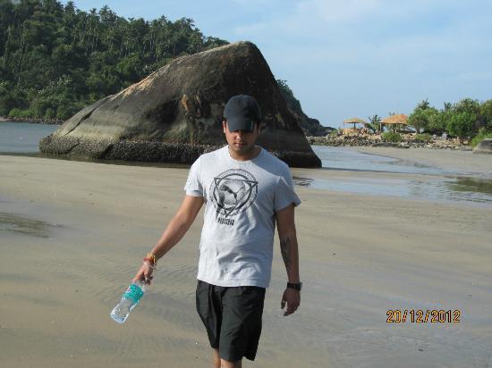 Dropadi Inn : Beach at its best