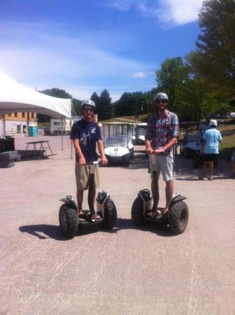 Barrie, Canada: horseshoe segways
