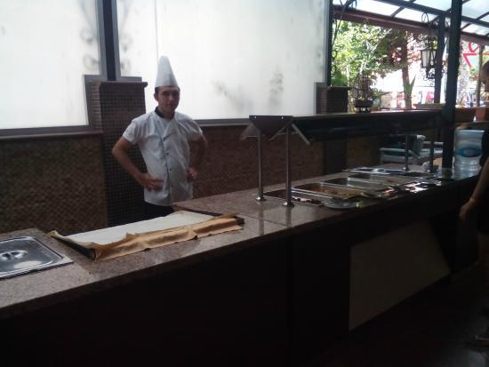 Bilkay Hotel : Kuchár