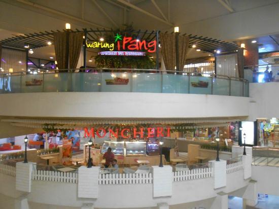 Dua Cafe Yang Cukup Eksis Di Tunjungan Plaza