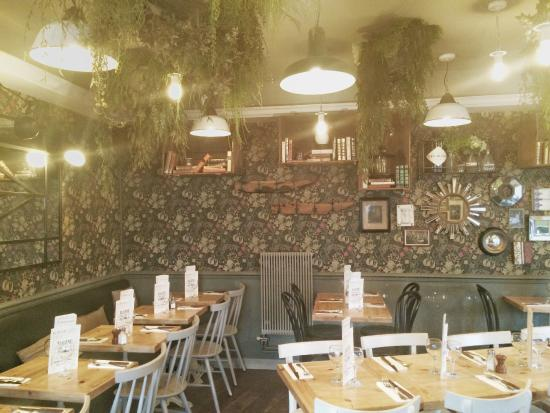 Terrasse De Nuit Picture Of Cafe Eugene Paris Tripadvisor