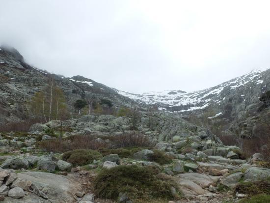 Haute-Corse, Francia: En vu le col, qui donne accès au lac
