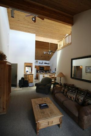 The Villas at Snowmass Club: Living