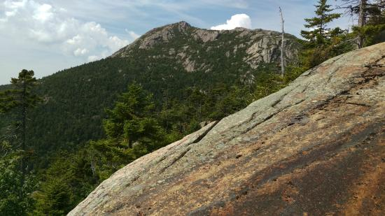 Mount Chocorua: Summit view from where Piper trail comes out of the woods