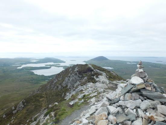 Connemara National Park: Vu de l'océan depuis le Diamond Hill