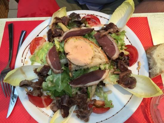 La Côte d'Argent : a hearty salad
