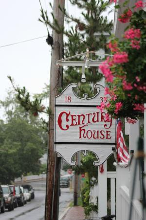 Century House: Great location, short walk to town