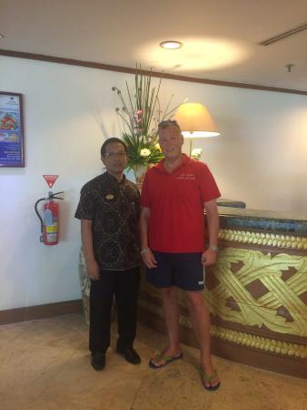 Inna Grand Bali Beach Hotel: With Mr Yayat Hidayat the General Manager..