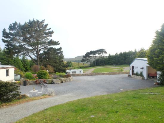 Clifden Camping and Caravan Park: Vu sur une partie du camping