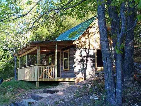 Crystal Creek Ranch: Lakeside Log Cabin