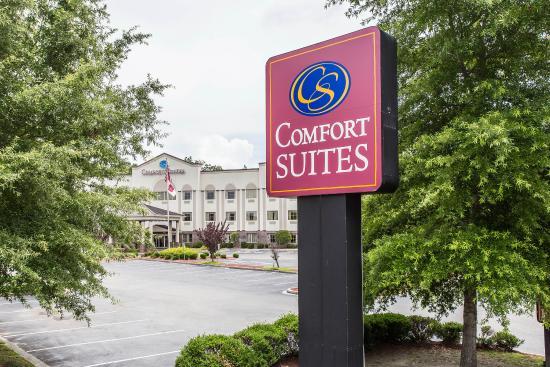 Comfort Suites Summerville: Exterior