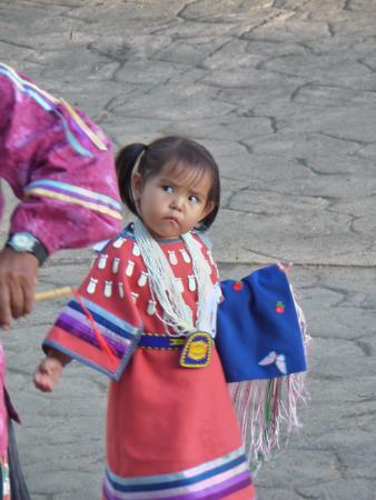 Cortez Cultural Center: the youngest dancer who joined her grandfather ...so sweet
