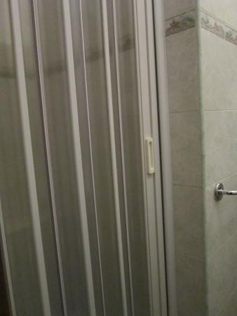 Hotel Meraviglia: DOCCIA