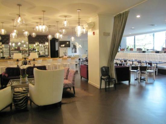 Radisson Hotel New Rochelle: Breakfast Area