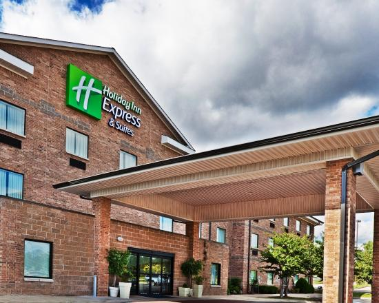 Holiday Inn Express Hotel and Suites Edmond