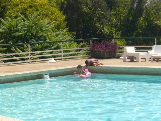 Hotel Transatlantique Meknes: petite piscine