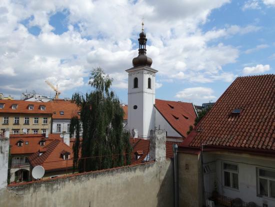 Opatovicka Apartments: вид из окна