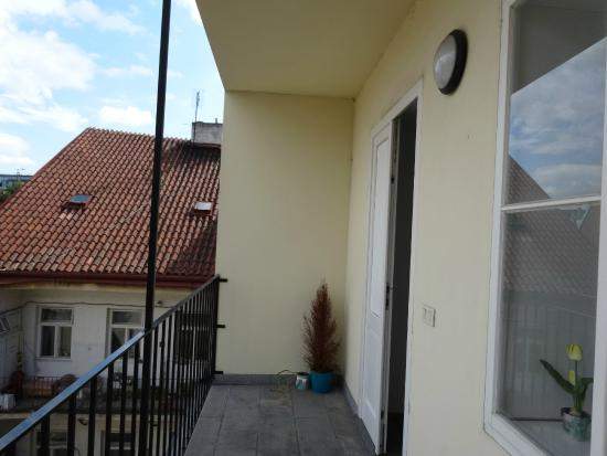 Opatovicka Apartments: балкон