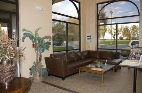 Arbor Suites Medical Mile : Lobby View