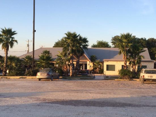 Laguna Park, TX : Restaurant building