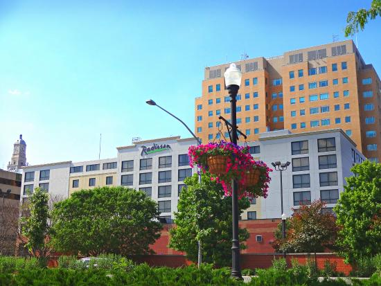 Photo of Radisson Quad City Plaza Hotel Davenport